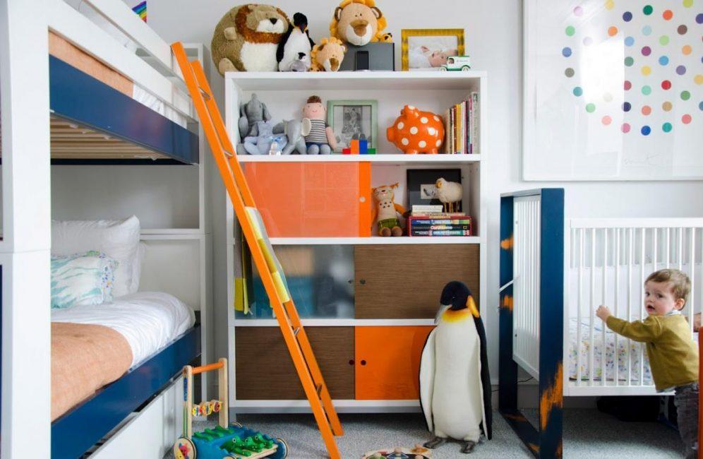 Gunakan katil dua tingkat