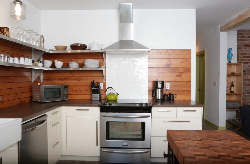 Apron dapur sangat berfungsi dan selesa.
