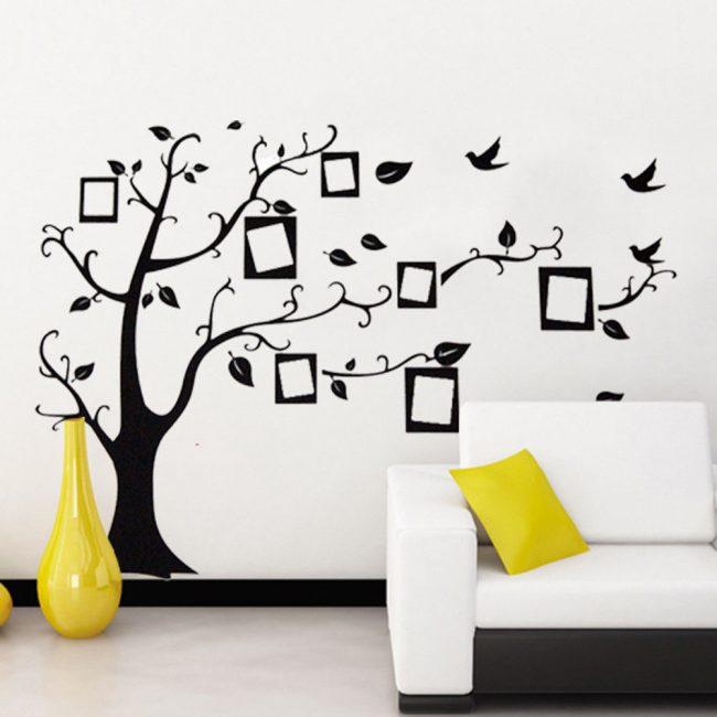 Panel aile fotoğrafları ile bir ağaç şeklinde