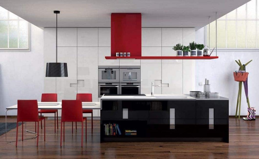 Siyah-beyaz-kırmızı kombinasyonu