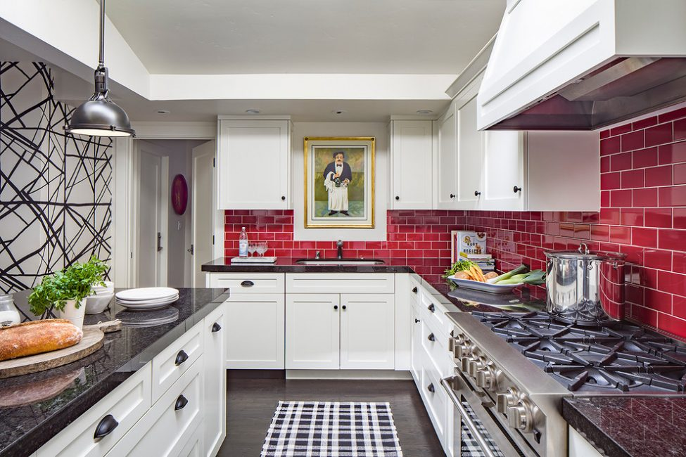 Mutfakta kırmızı kiremit kullanma seçeneği