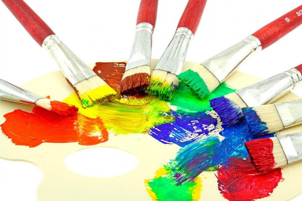 Cenderamata boleh dicat dalam warna apa pun