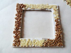 Templat Kraf dari bijirin dan pasta untuk kanak-kanak dengan tangan mereka sendiri (185+ Foto) - Penyelesaian asal untuk menghiasi rumah dan bukan sahaja