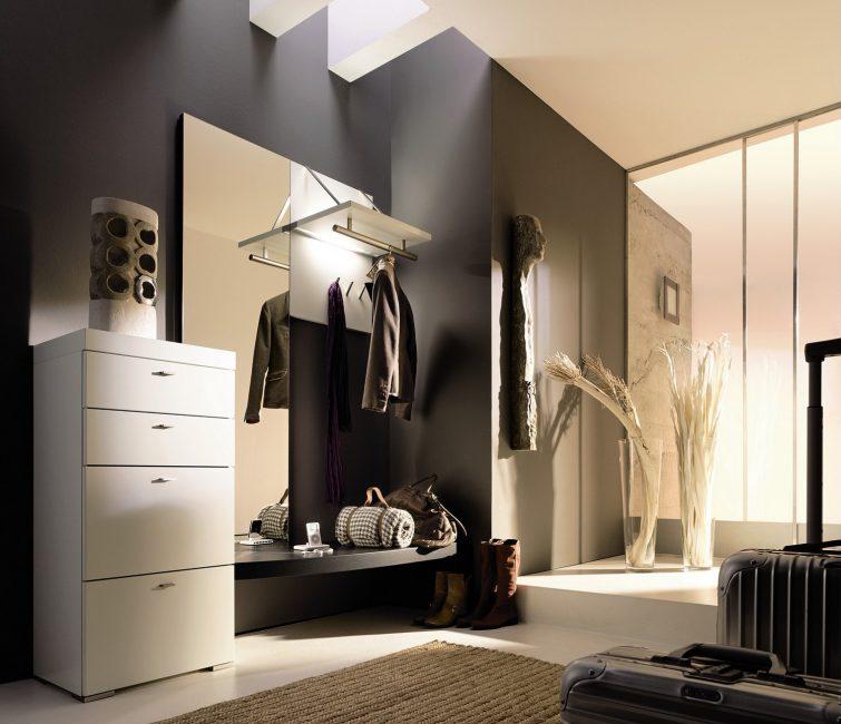 Lantai moden minimalis