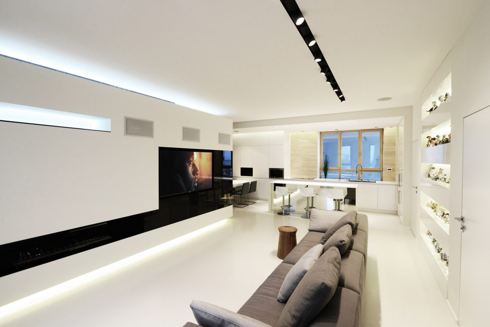 Scegli linee pulite, mobili eleganti, gioielli semplici e chiari.