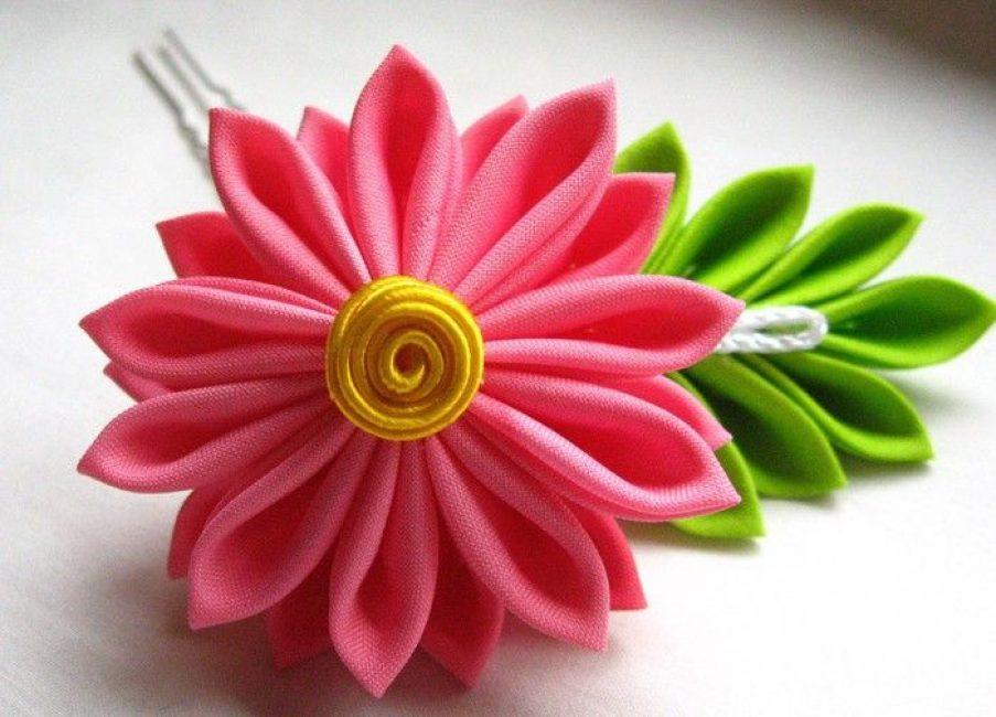 Bunga halus dan elegan