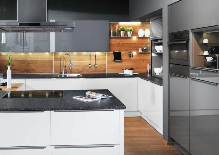 MDF mutfakta duvar dekorasyonu için en iyi seçenektir.