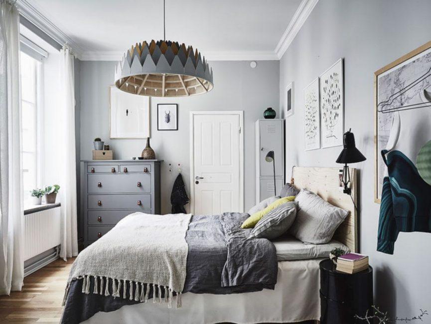 I mobili della camera da letto sono progettati per rilassarsi.