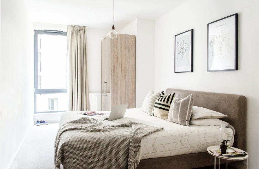침대의 수명은 매트리스와 프레임의 품질에 달려 있습니다.