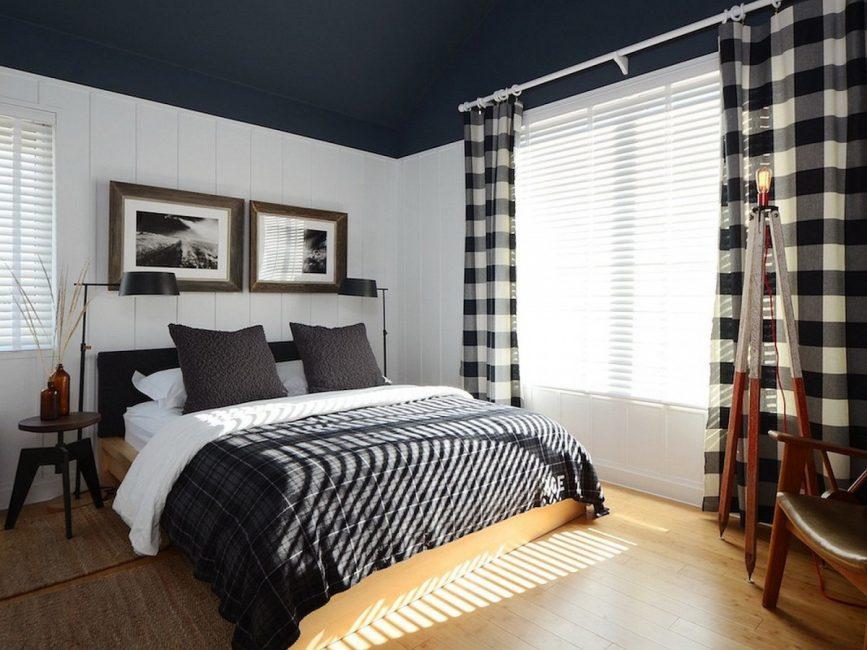 Tirai boleh digunakan dari pelbagai jenis bahan.