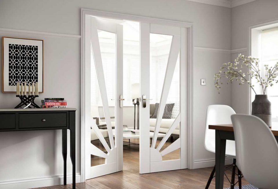 Pintu klasik untuk ruang tamu