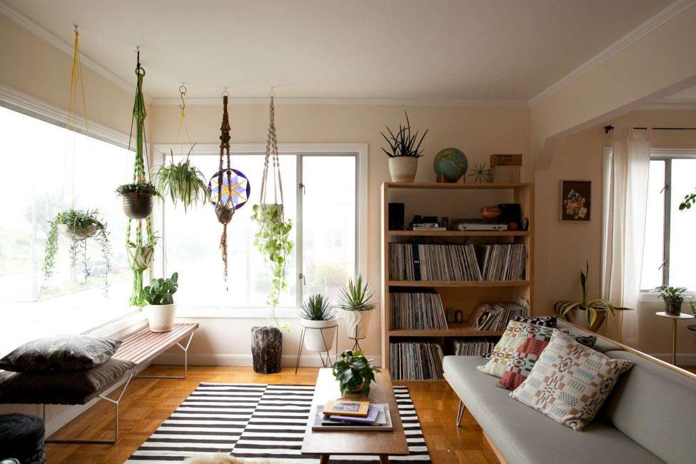 Rivitalizza l'interno con vasi di fiori