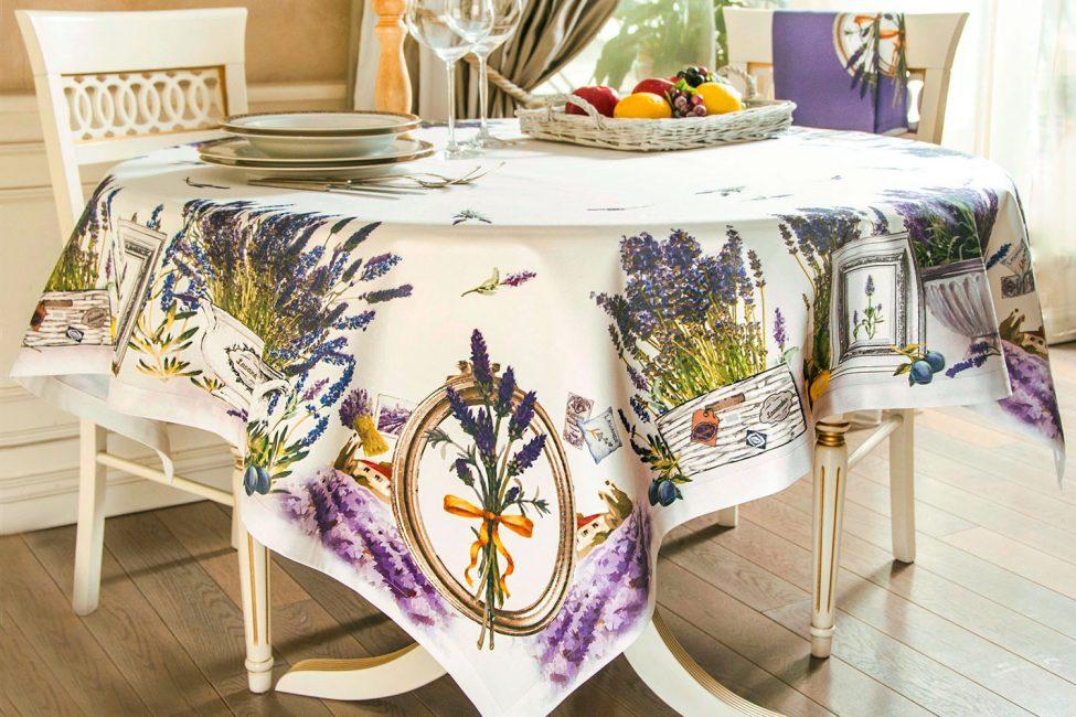 Taplak meja - bahagian penting bagi setiap meja