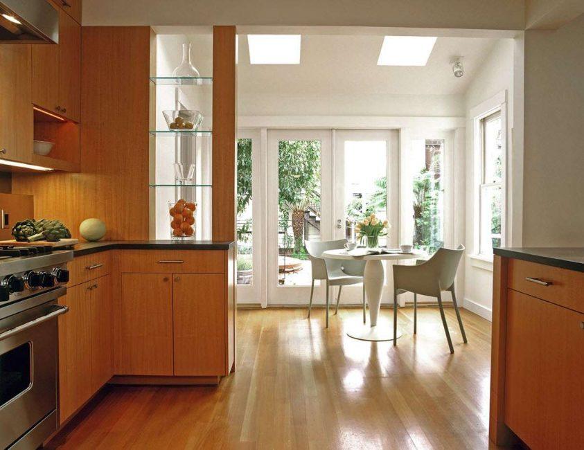 La cucina è un buon posto per tali costruzioni.
