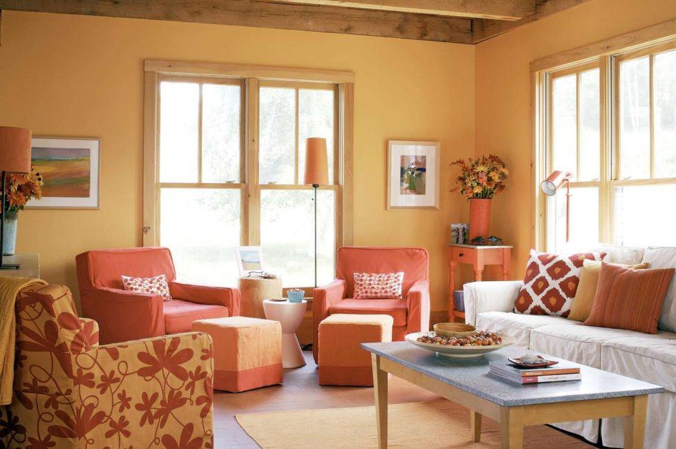 Kerusi dan dinding untuk dipadankan - gabungan sempurna