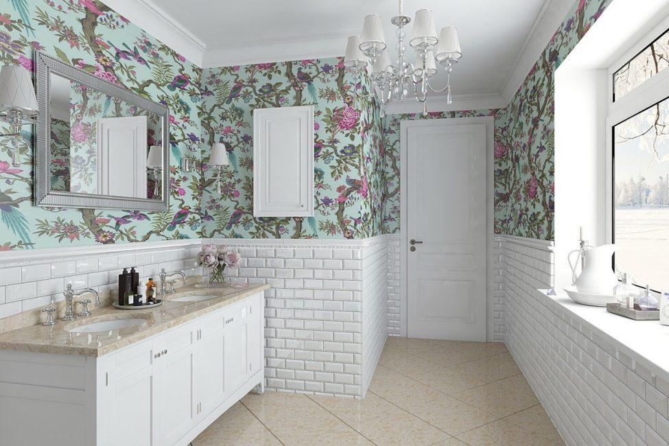 Kertas dinding di bilik mandi kelihatan cantik