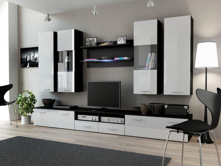 Dinding hitam dan putih di ruang tamu