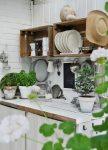 Bir durumda eşya için mutfak kurutucu (115+ Fotoğraflar) - paslanmaz çelikten, açısal olarak yerleşik. Hangisini seçersin?