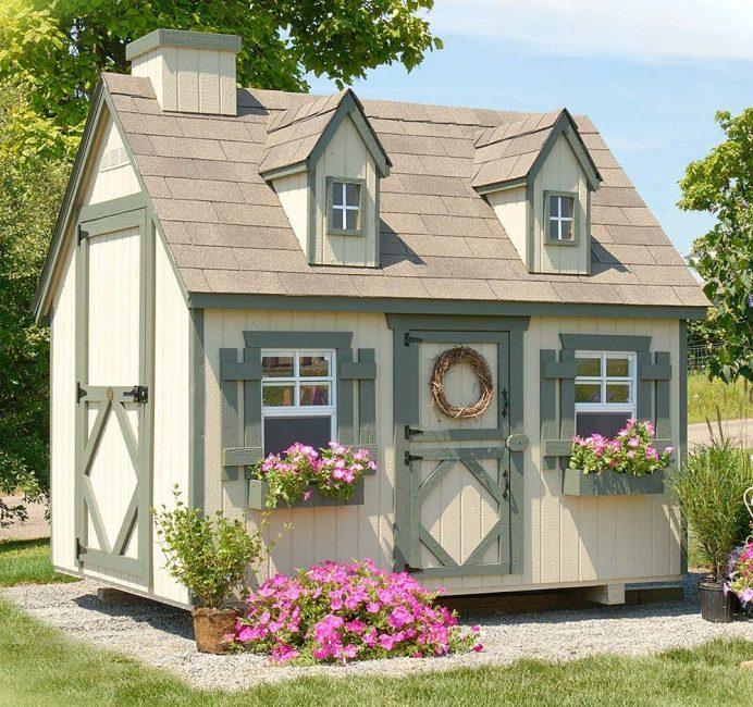 Setiap tahun rumah perlu dicat atau dipernis.