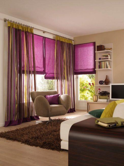 Dalam warna ungu yang terang