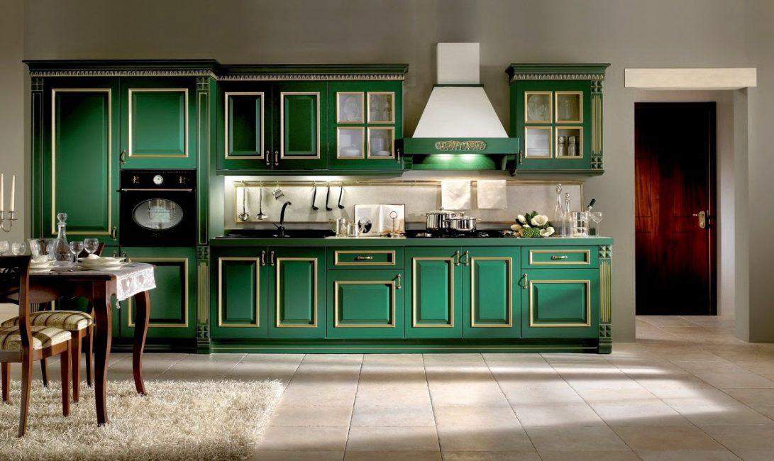 Gaya klasik dalam warna hijau