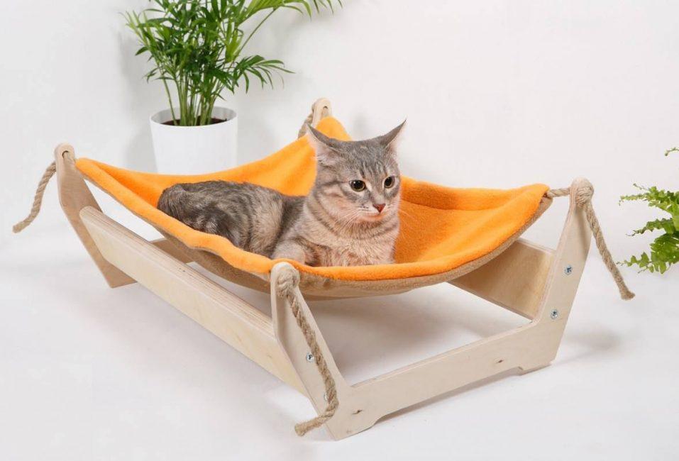 Hammock rumah untuk kucing