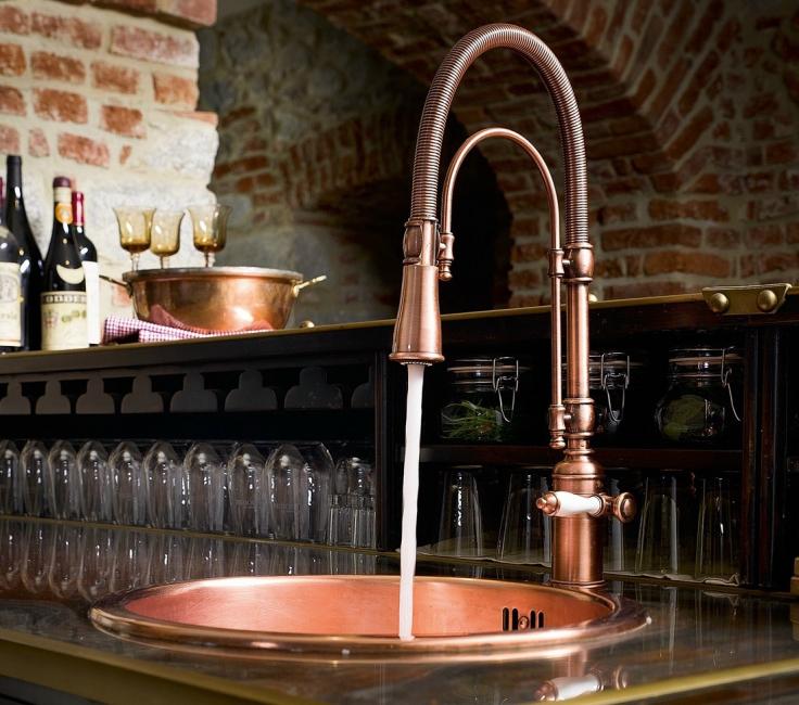 Pilihan faucets dan sinki tembaga