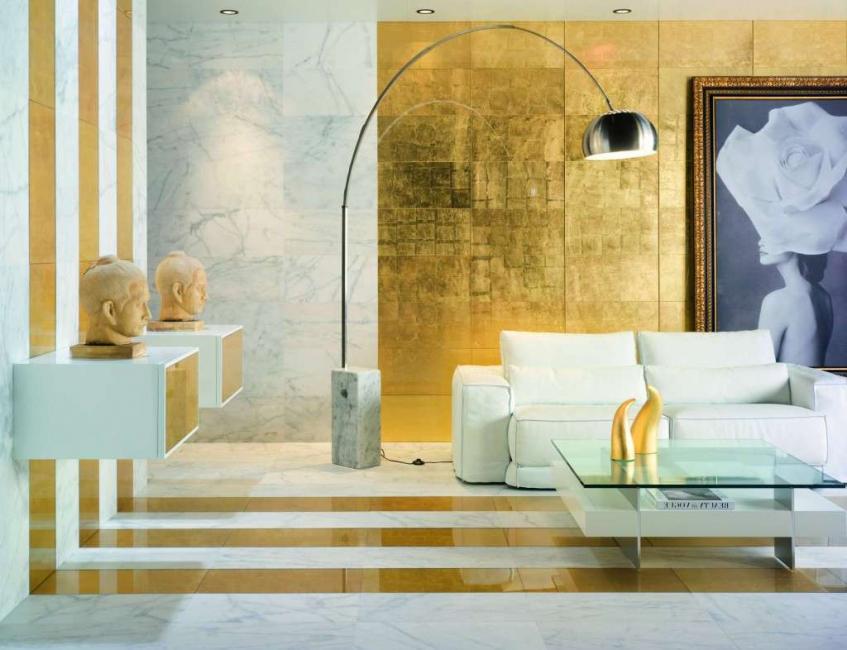 금은 부와 아름다움의 색이다.