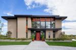 Projek rumah dengan bumbung rata adalah teknologi pembinaan mudah (satu tingkat, dua tingkat, kayu, kecil). Trend moden hi-tech dan minimalism (175+ foto)