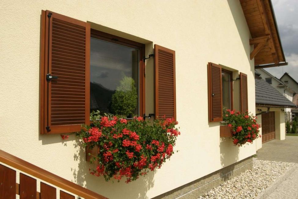 Reka bentuk tradisional sebuah rumah moden