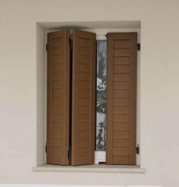 Reka bentuk lipatan untuk tingkap