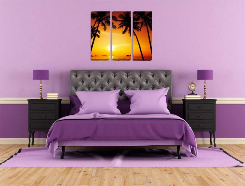 Immagine modulare nella camera da letto viola