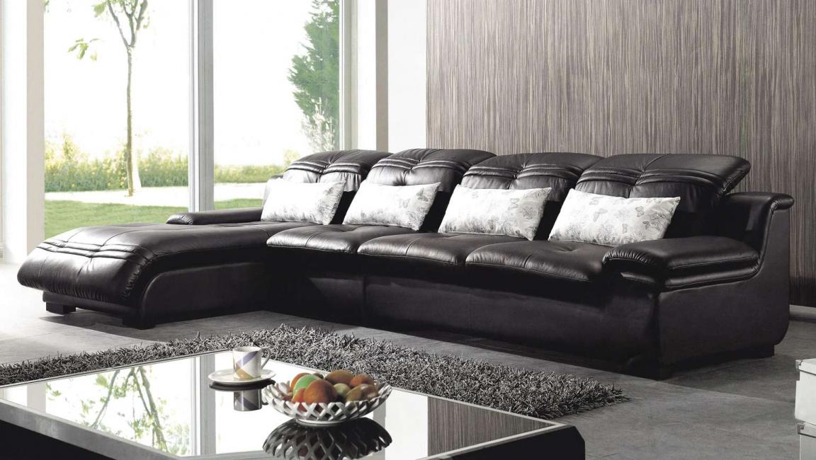 Sofa-sofa ini mempunyai banyak ruang penyimpanan.
