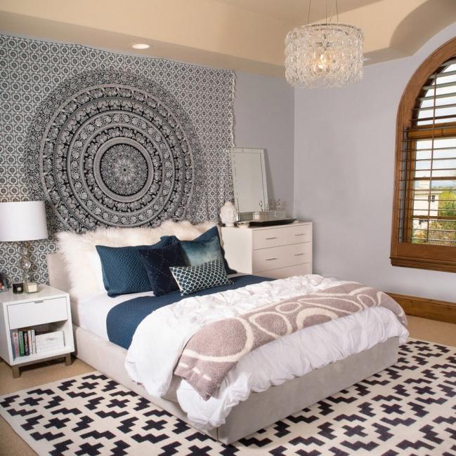 Design inhabituel d'une tête de lit