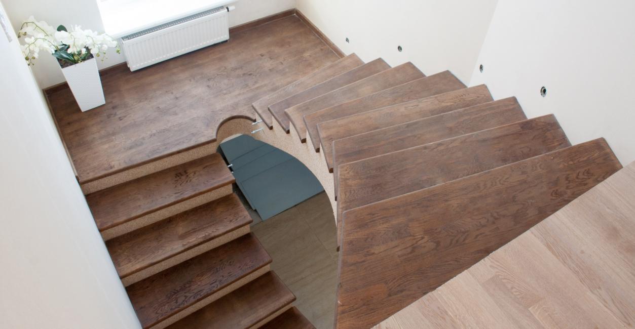 콘크리트 마감은 모든 재료가 허용된다.