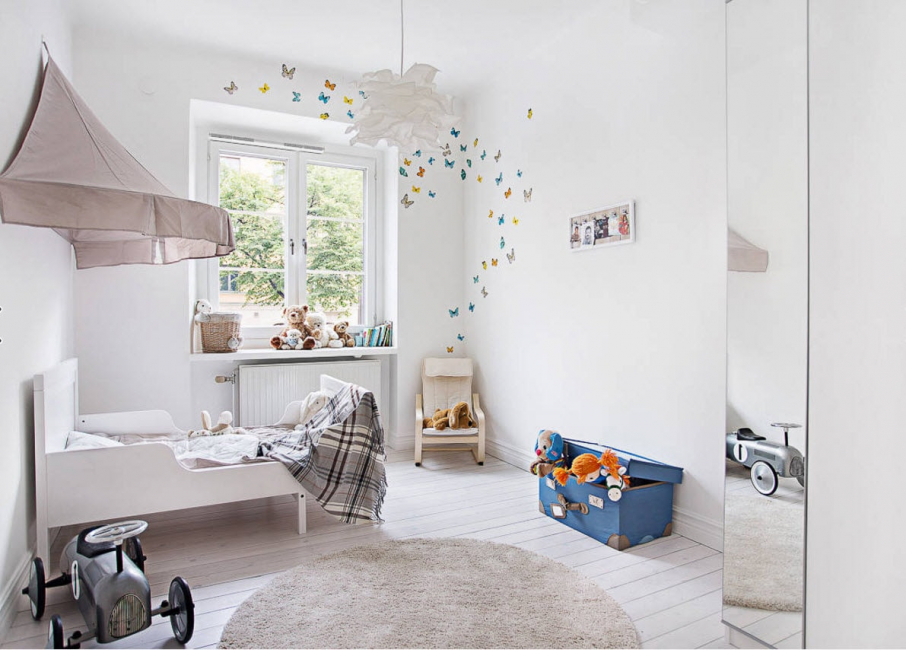 Gentle pastel colors for the little boy's room