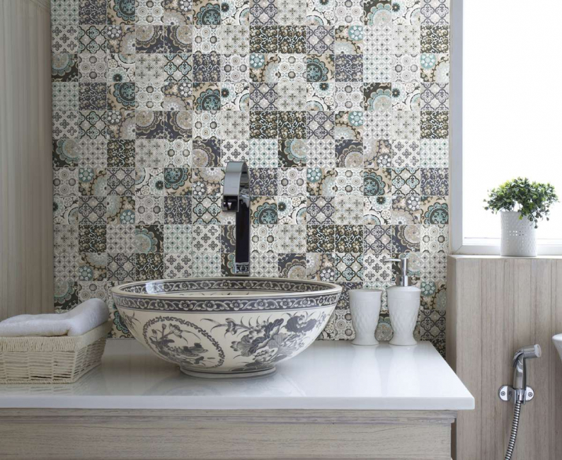 Mosaics can be decorated not only the kitchen