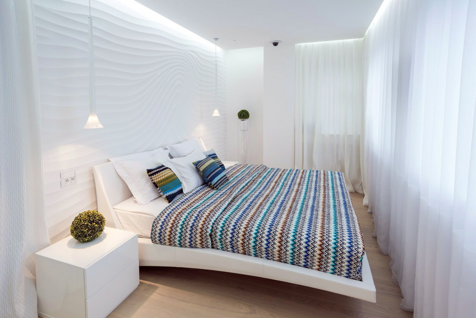 В светлото пространство на спалнята ще изглеждат големи