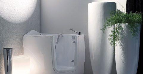 Bilik air akrilik atau seterika besi: Kelebihan dan keburukan (160+ Foto). Mana yang lebih baik untuk dipilih?