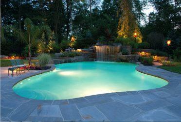 Bagaimana untuk membuat kolam di rumah negara Tangan (165+ Gambar)? Bingkai, dalaman, konkrit - Mana yang lebih baik?