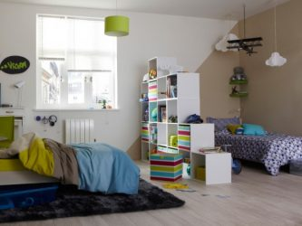Reka bentuk bilik tidur kanak-kanak untuk dua dan tiga orang anak lelaki yang berbeza - 240+ (Foto) Idea untuk zon dalaman