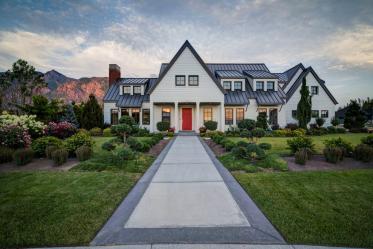 Beaux pignons de maisons: Finition et placage. Comment faire mieux? (150+ Photos)