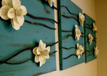 즉석에서 벽에 흥미로운 패널의 175 + 사진은 자신의 손으로 의미합니다. 천에서, 코르크에서, 구슬에서 - 더 아름다운 것은 무엇입니까?