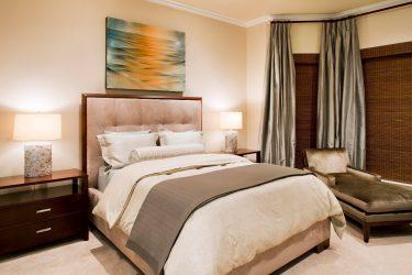 Langsir untuk bilik tidur: (280 + Foto): Aksesori cerah untuk kawasan pedalaman anda pada tahun 2018