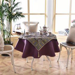 Sperimentare con le tovaglie sul tavolo: 265+ Foto di opzioni belle e moderne (silicone, trasparente, openwork)
