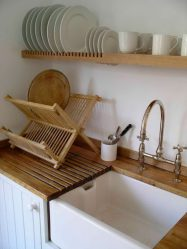 Pengering dapur untuk ware dalam kes (115+ Gambar) - dibina dalam, sudut, dari keluli tahan karat. Mana yang anda pilih?