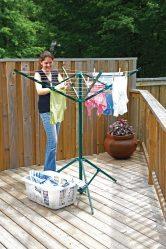 Balkonda elbise kurutma araçları 85 + Fotoğraflar kendin yap: Askı, Lianas, Halatlar. Hangi seçenek seçilmeli?