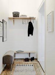 Wall Hanger lakukan sendiri di lorong: dengan shoebox, dengan rak, dengan cangkuk. Lupakan kekurangan ruang!