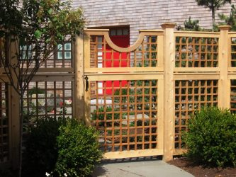 개인 목조 주택 울타리 : 선택 방법? 200+ (사진) 아름다운 옵션
