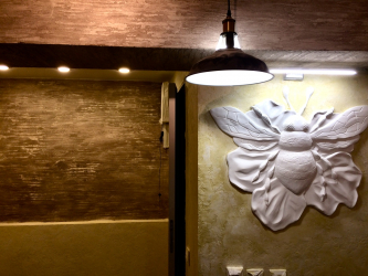 How to make an exclusive wall painting: Creating a bas-relief with your own hands.Creative opportunities to update the decor. Master class for beginners